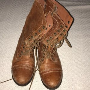Steve Madden Troopa combat boot size 7